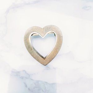 Gold Tone Vintage Heart Brooch